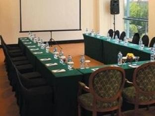 Sintesa Peninsula Hotel Palembang Meeting Room