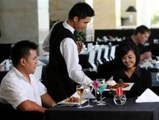 Sintesa Peninsula Hotel Palembang Restaurant