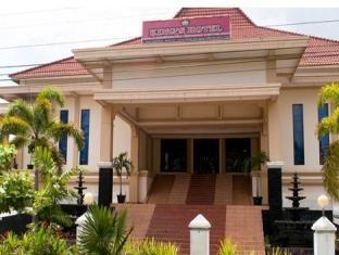 Hotel King Yogyakarta Balcony