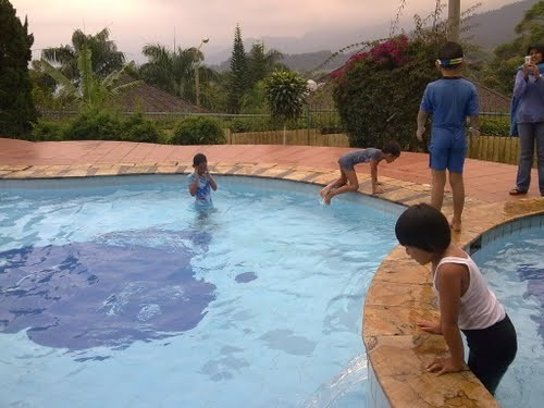 Lembah Sarimas Hotel and Resort Swimming Pool