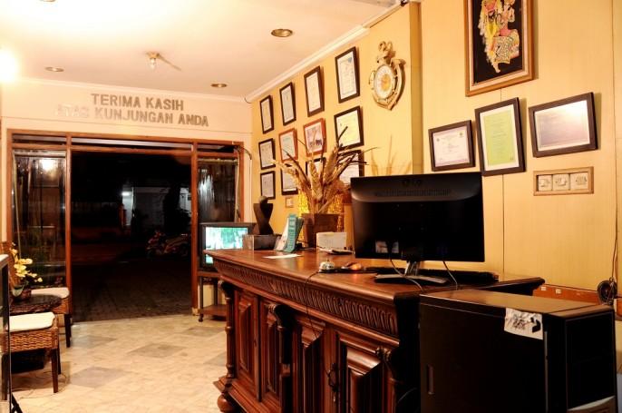 Bali Indah Hotel Bandung Reception