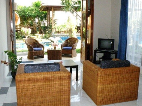 Apartment Pemandangan Laut (Seaview Apartment) Living Room
