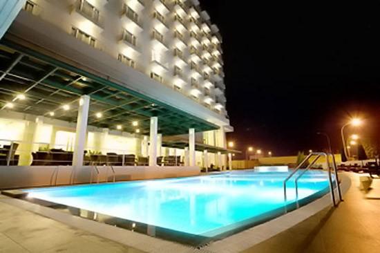 Sintesa Peninsula Hotel Palembang Balcony