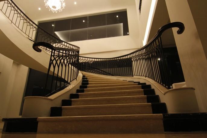 Diradja Hotel Interior
