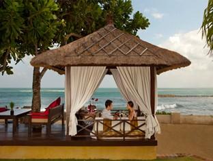 Discovery Kartika Plaza Hotel Beach